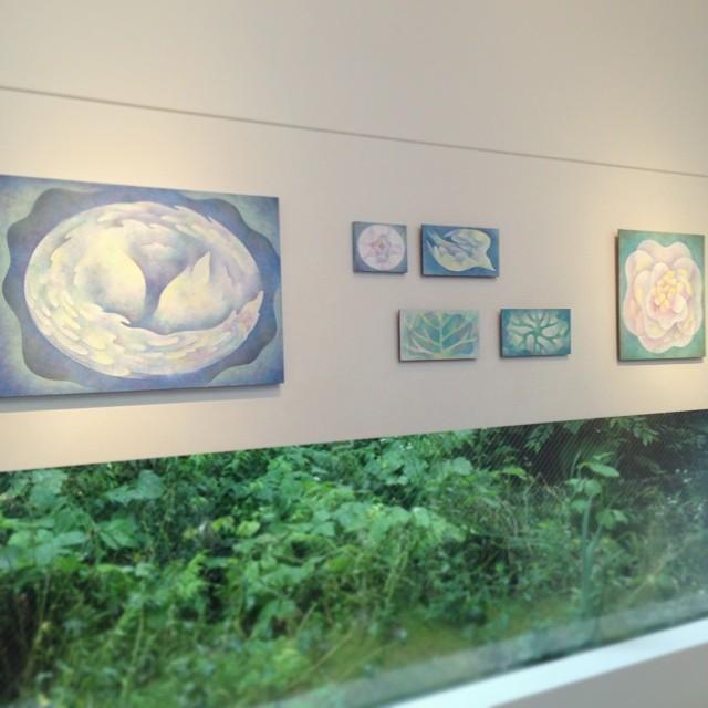 佐野彩夏さんの個展「夏の森のものがたり」