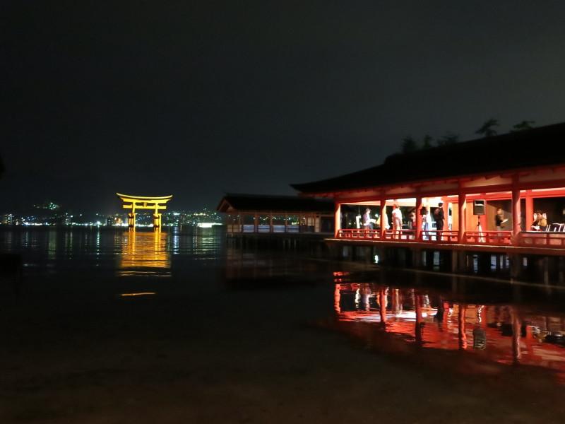 友枝昭世・厳島神社観月能