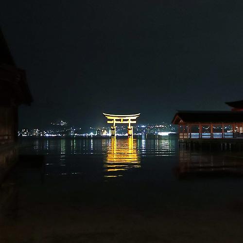 厳島神社観月能